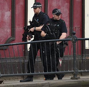 曼彻斯特恐袭实施者的兄长被拘