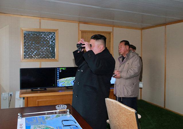"""中国力促美日韩""""重启""""对朝关系"""
