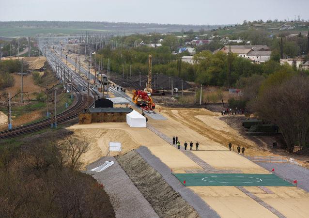 俄国防部宣布绕乌克兰铁路土方工程完工时间