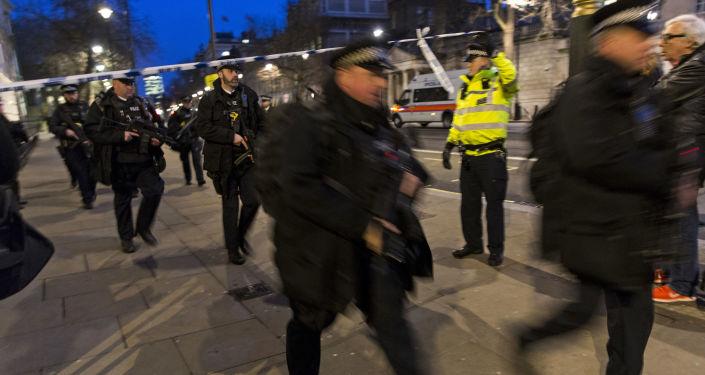 伦敦市长:尽管发生恐袭 英国选举将于6月8日照常举行