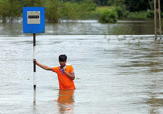 斯里兰卡洪灾