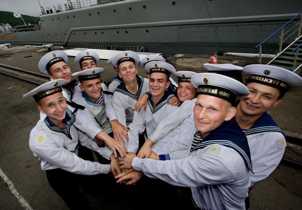 北方舰队和太平洋舰队的水兵。