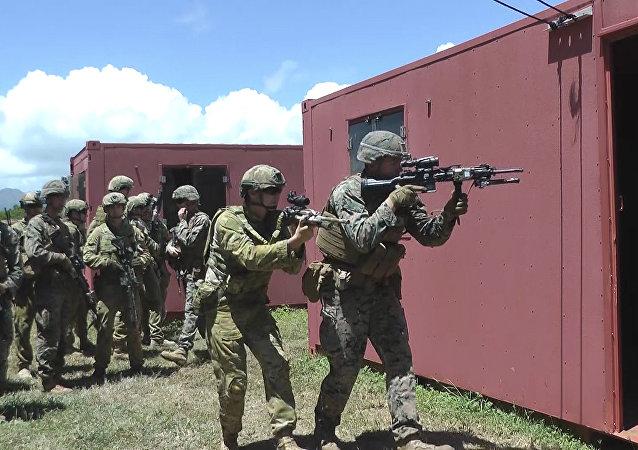 美国和澳大利亚的军人(资料图片)