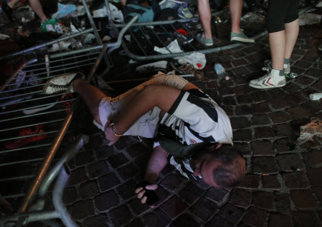 媒体:都灵欧冠决赛观赛踩踏事故受伤人数升至600人