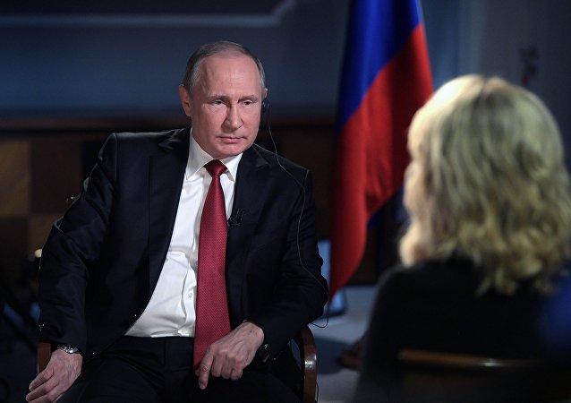 俄总统普京在接受美国NBC电视台的采访时