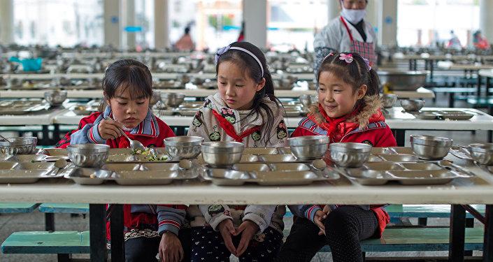 中國貧困地區中小學生的營養狀況變得更好