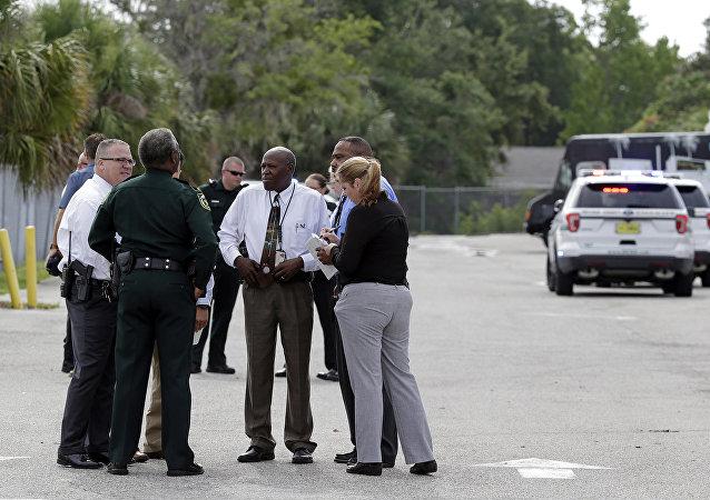 """在美国奥兰多的枪击事件中有""""多名受害人"""