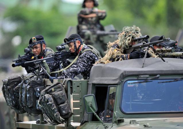 菲律宾总统请求议会为军队扩员2万人拨款