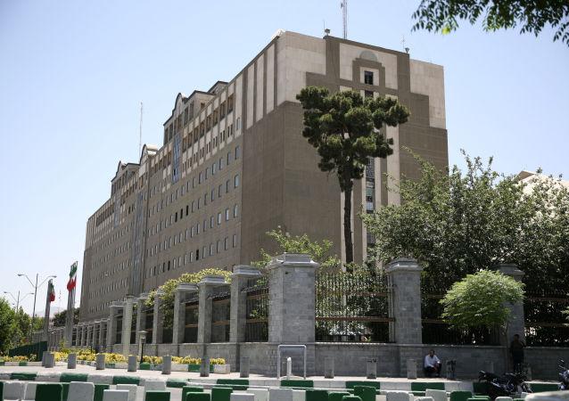 媒体:伊朗议会大厦反恐行动结束