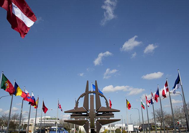 欧盟峰会商定6月份汇报加强与北约在安全领域合作事项
