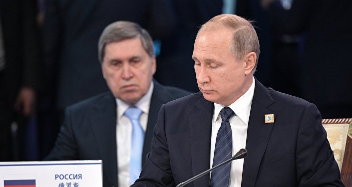 普京称,只有各国联手才能打败恐怖主义,反恐应具备综合性