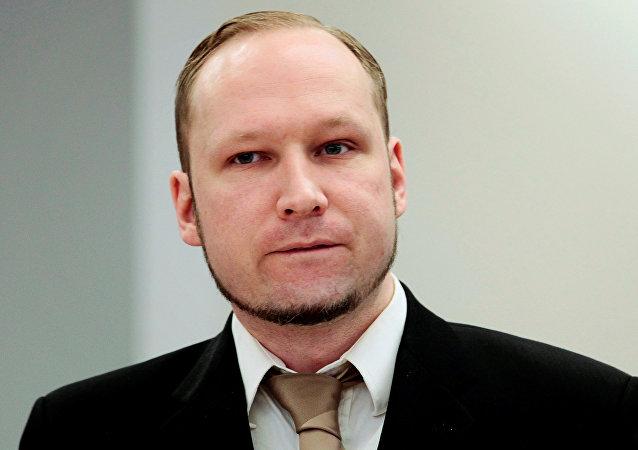 两次恐怖袭击而被判刑的挪威人安德斯·布雷维克