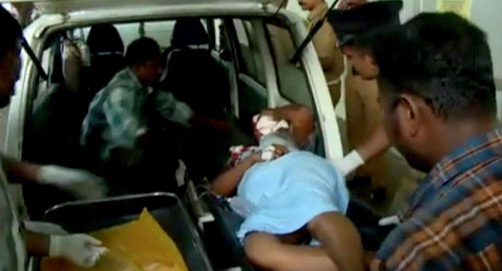 印度一座四层建筑物倒塌 10人死亡