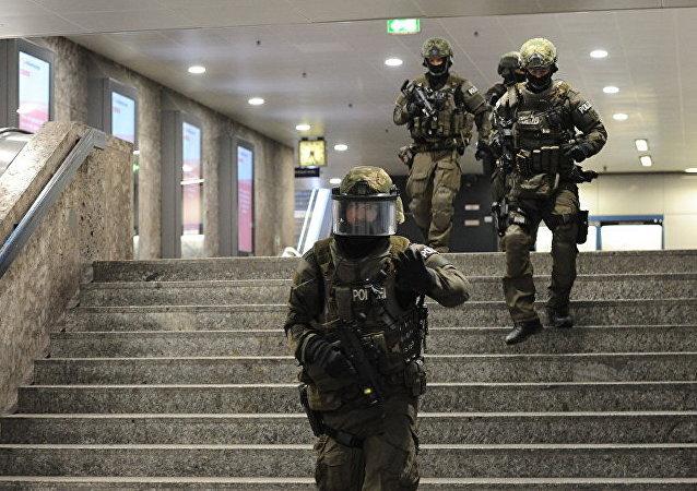 慕尼黑警方证实火车站枪击的消息