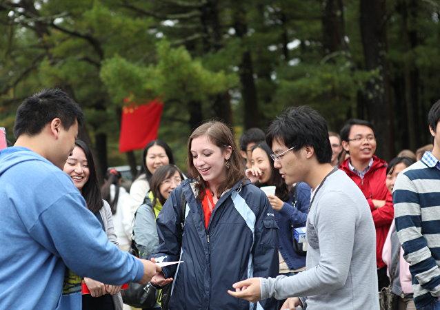 美国参议员打算对来自中国的学生和研究人员收紧签证
