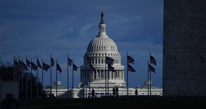 美参议院通过扩大对俄制裁的修正案