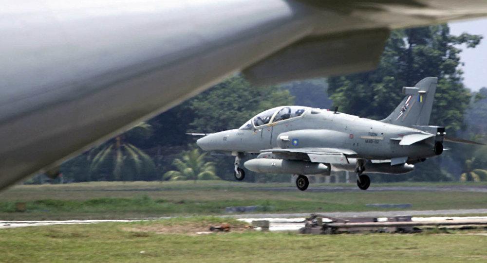 马来西亚空军飞机坠毁