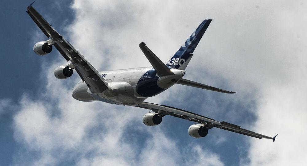 А380客机