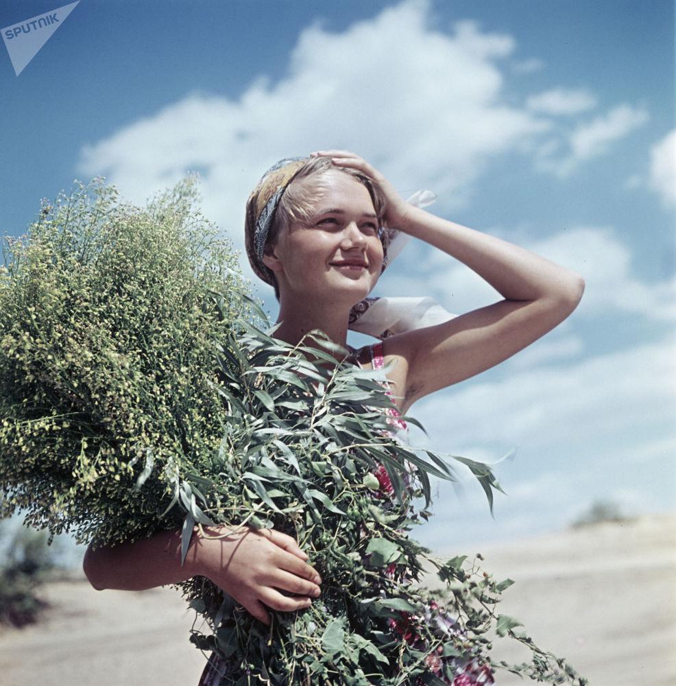 雅罗斯拉夫里的一位年轻女居民
