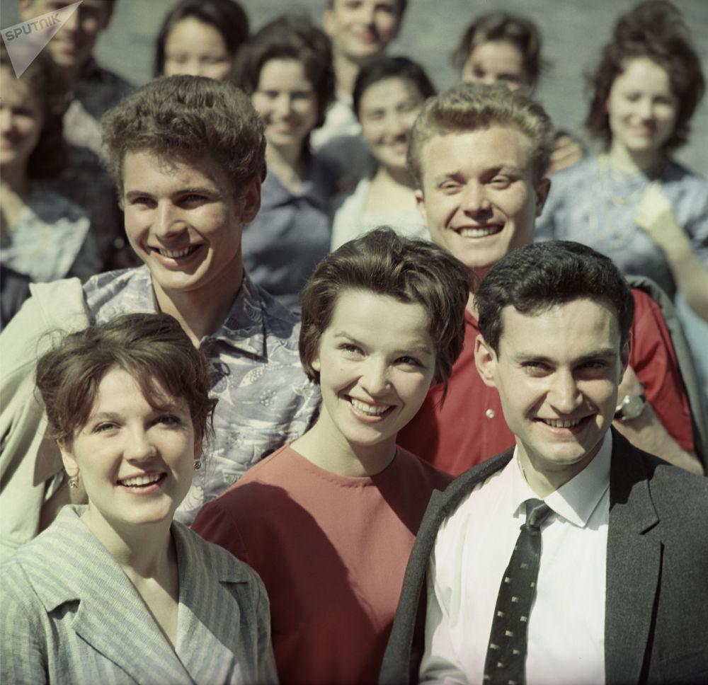 一群60年代的大学生