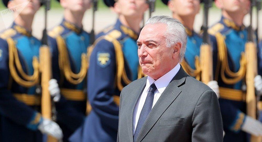 巴西总统抵达莫斯科开始对俄罗斯进行正式访问