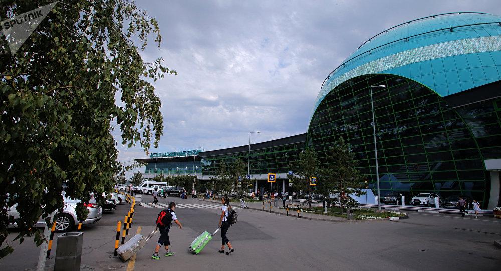 斯卡特航空一架从中国三亚起飞的航班在哈萨克斯坦首都紧急降落