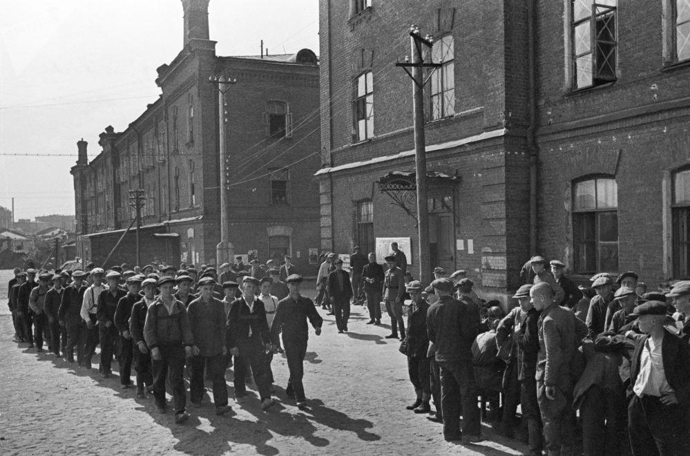 新兵,莫斯科,1941年6月23日