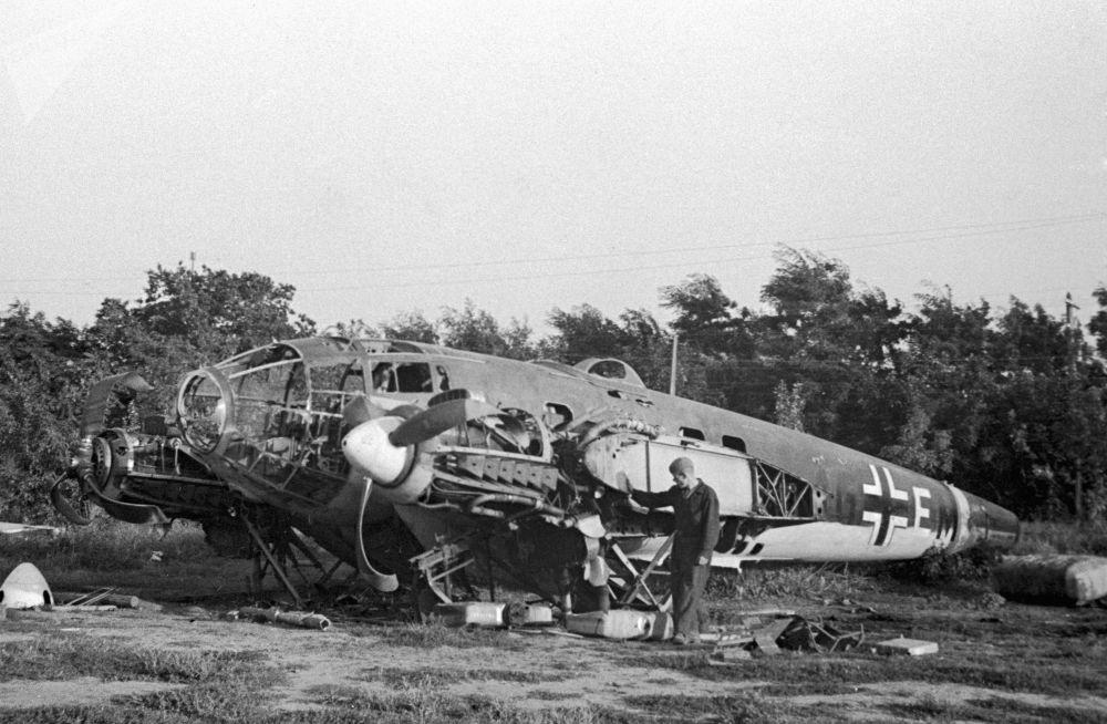 在敖德萨近郊最早被击落的德国飞机之一