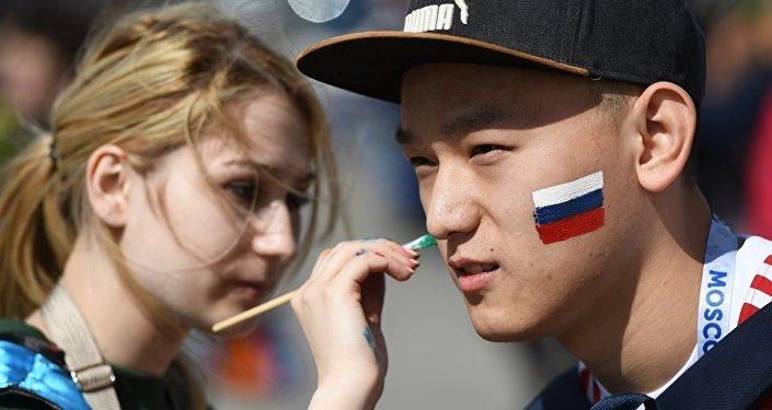 俄葡巅峰战引爆联合会杯节点 俄国家软实力引中国球迷盛赞