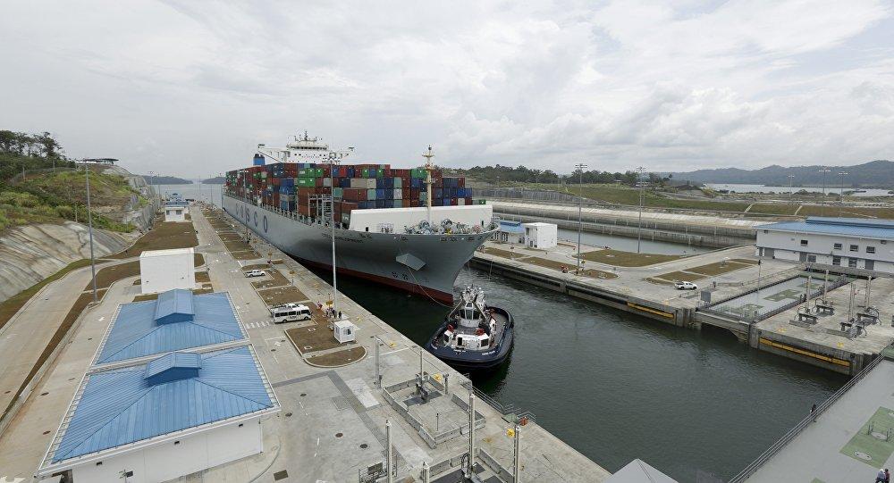 专家:只要中国航运物流活跃在巴拿马运河上 中国经济就会始终处在国际先锋位置