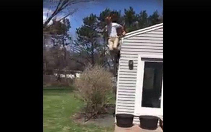 出名不易!男孩跳房檐险伤脊柱