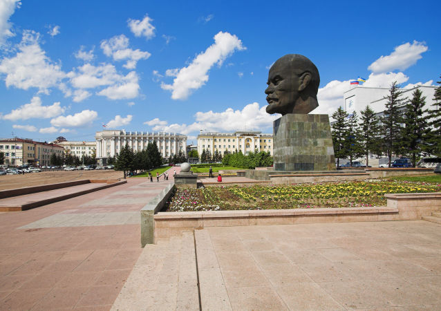 俄罗斯数千座列宁纪念碑在十月革命100周年前夕被恢复