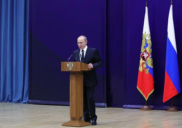 普京:外国特工部门企图插手俄国内政治进程