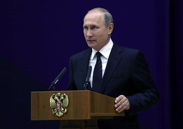 普京:外国情报部门直接支持在俄边境附近活动的极端分子