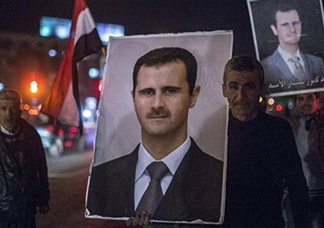 俄专家:白宫同意让阿萨德执政到2021年的消息为传闻