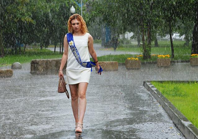 气象员:莫斯科今年不会迎来盛夏