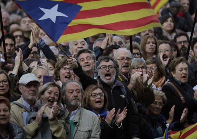西班牙司法部长称加泰罗尼亚主席的独立声明非法