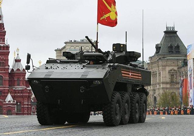 """俄""""回旋镖""""装甲车生产商:该装备体现工程理念突破并因此独领风骚"""