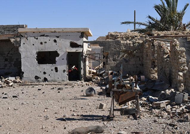 美国联军对叙村庄发动空袭