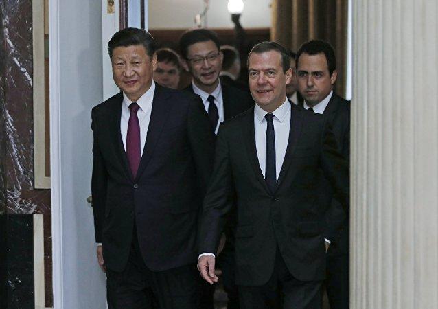俄总理证实有意于今年年内访华