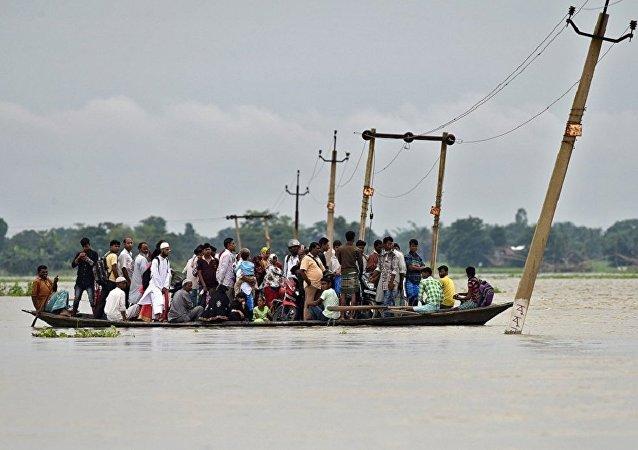 媒体:印度暴雨引发洪水至少造成20人死亡