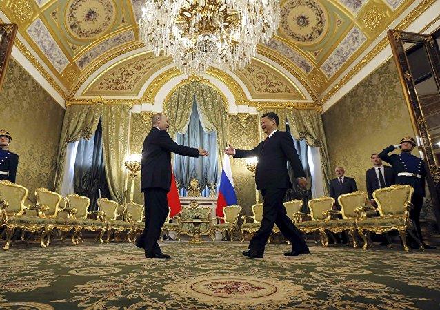 俄媒: 习近平将能领到俄罗斯退休金