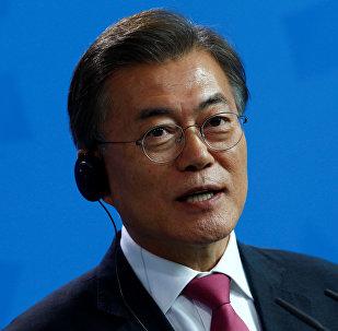 韩总统呼吁加强防范朝鲜核攻击可能后果
