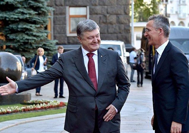 乌克兰总统波罗申科与北约秘书长斯托尔滕贝格