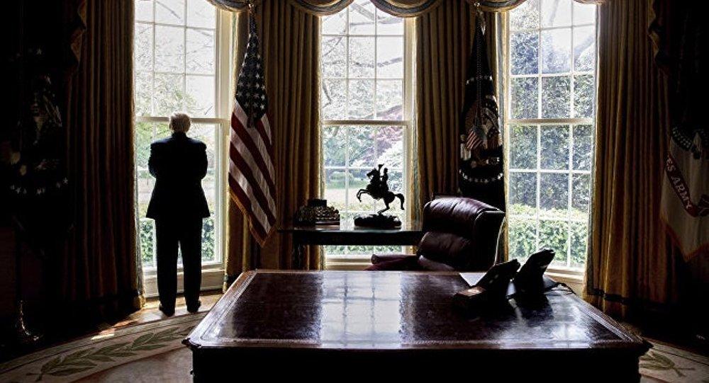 """特朗普亲信与俄代表的会面""""散发着勾结的味道"""""""