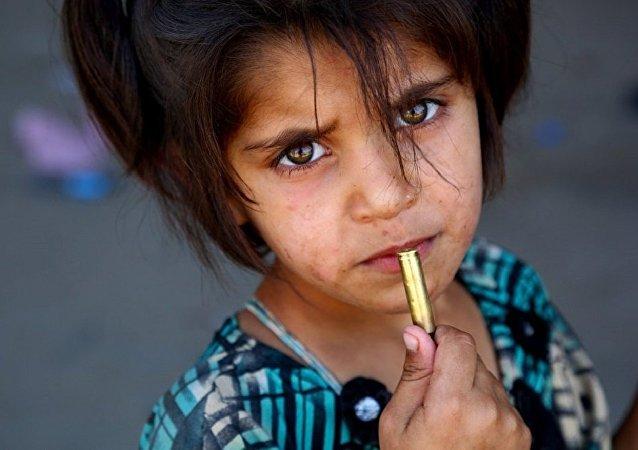 联合国:叙利亚拉卡食品饮水短缺近5万人被困