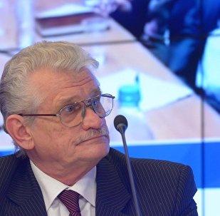 俄科学院东方学研究所中东国家研究中心高级研究员弗拉基米尔·萨任