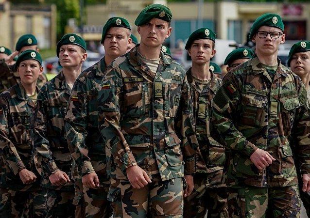 立陶宛将扩充军队规模