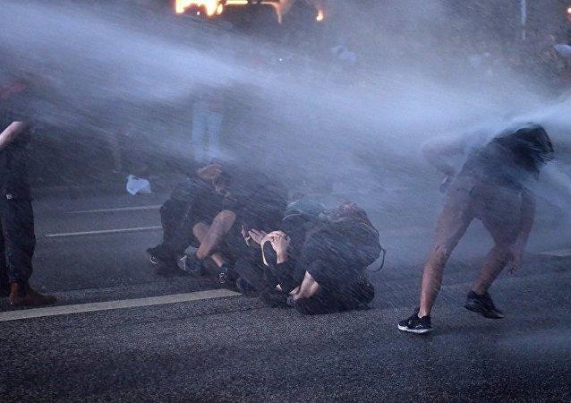 德检察院:在汉堡被捕的俄公民曾向警方投掷瓶子