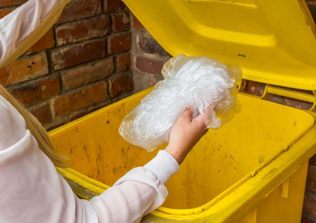 媒体:俄铁公司将协助大都市处理生活垃圾